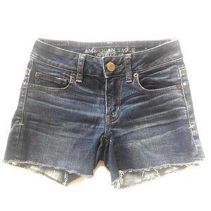 00 AEO American Eagle Shorts denim jeans cutoffs